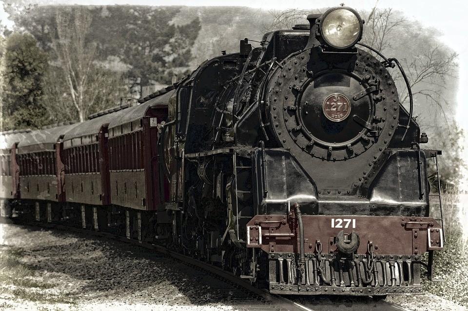 locomotive-222174_960_720-1