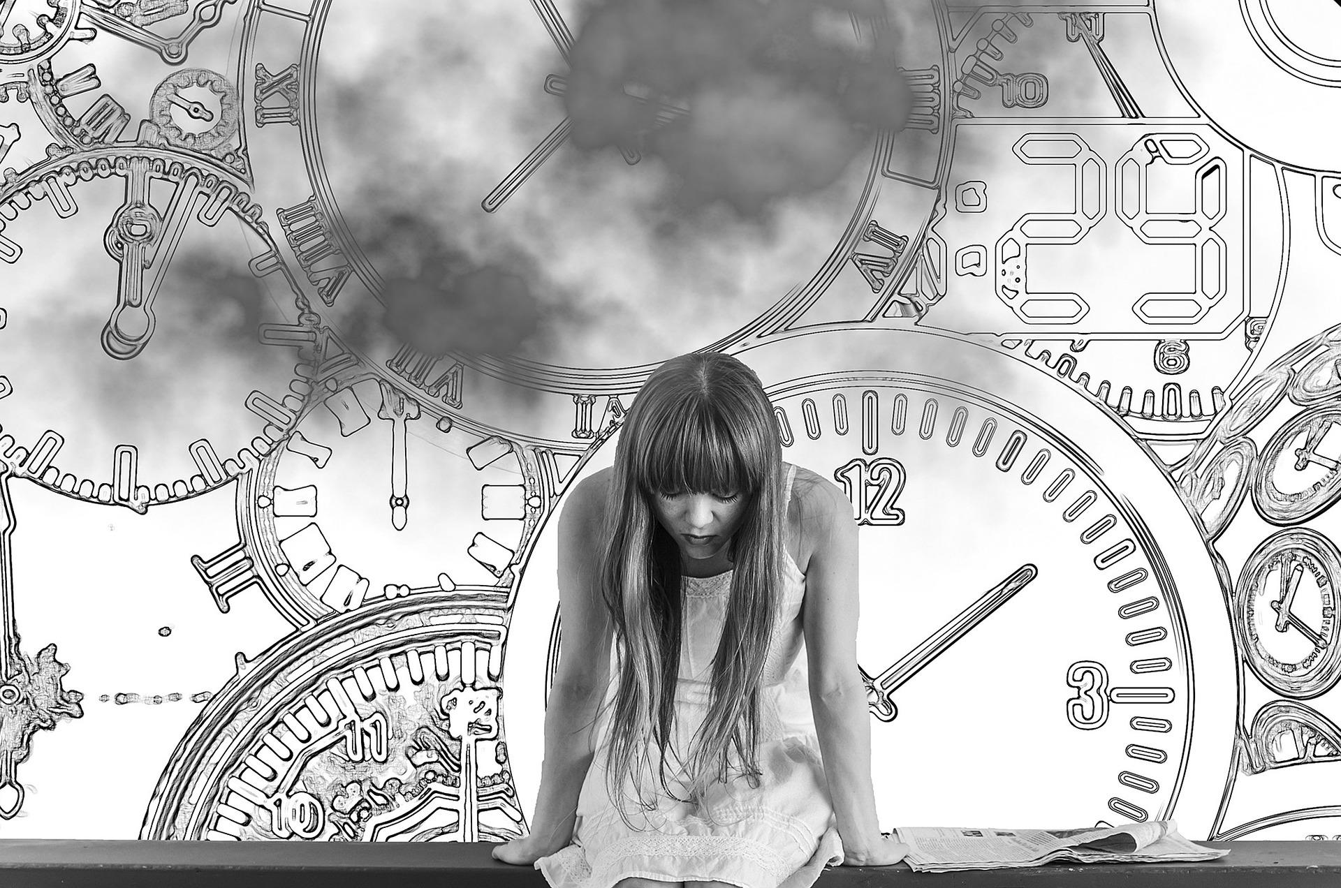 future past woman pixabay