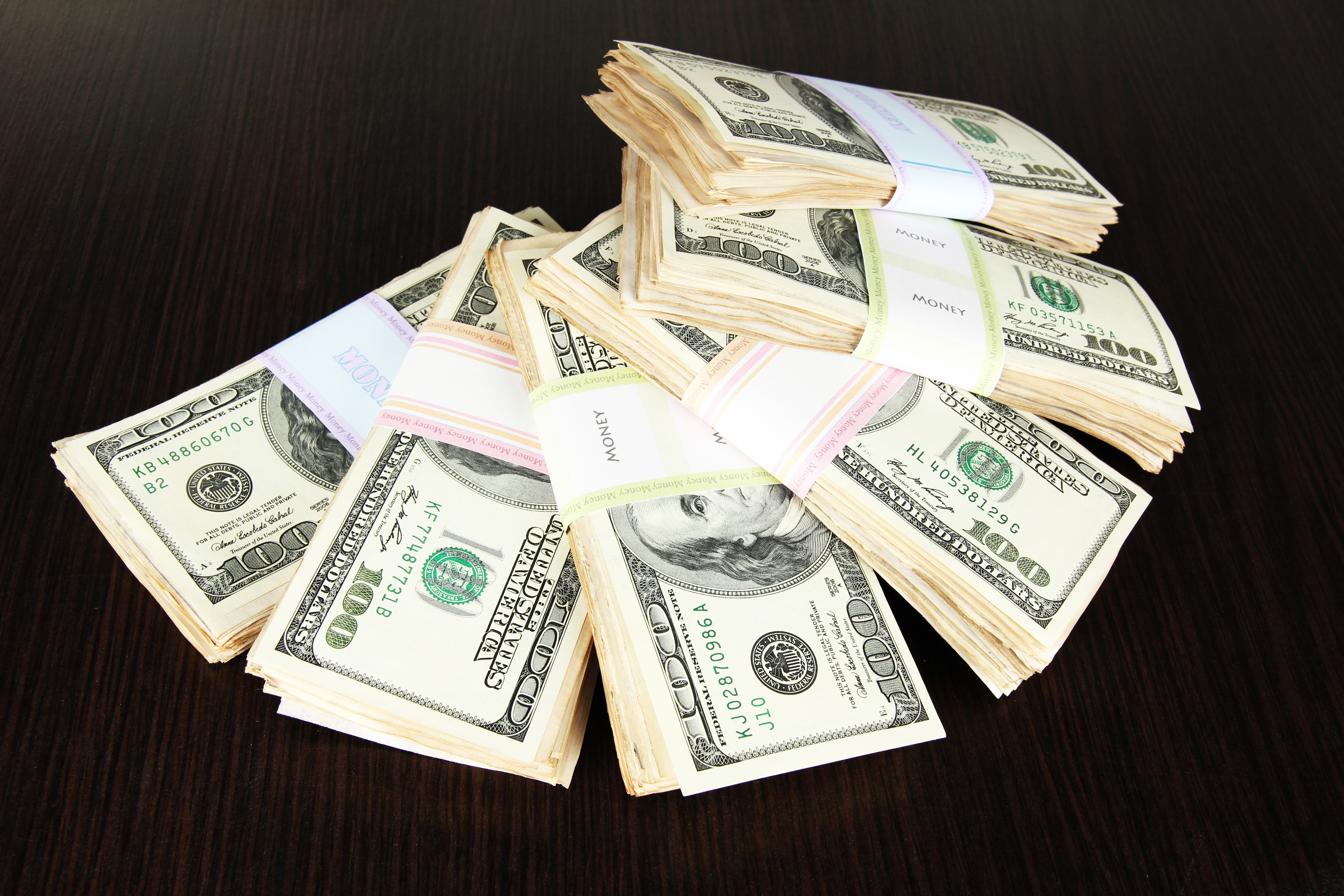 shutterstock_146671538 moneytable